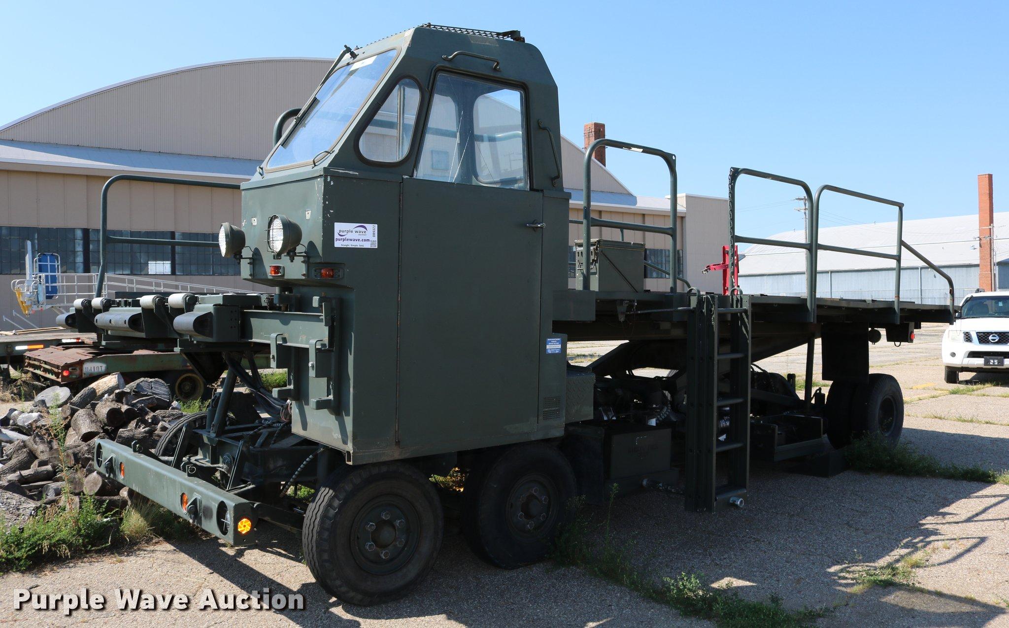 Emerson Military K aircraft cargo loader | Item DB9322 | SOL