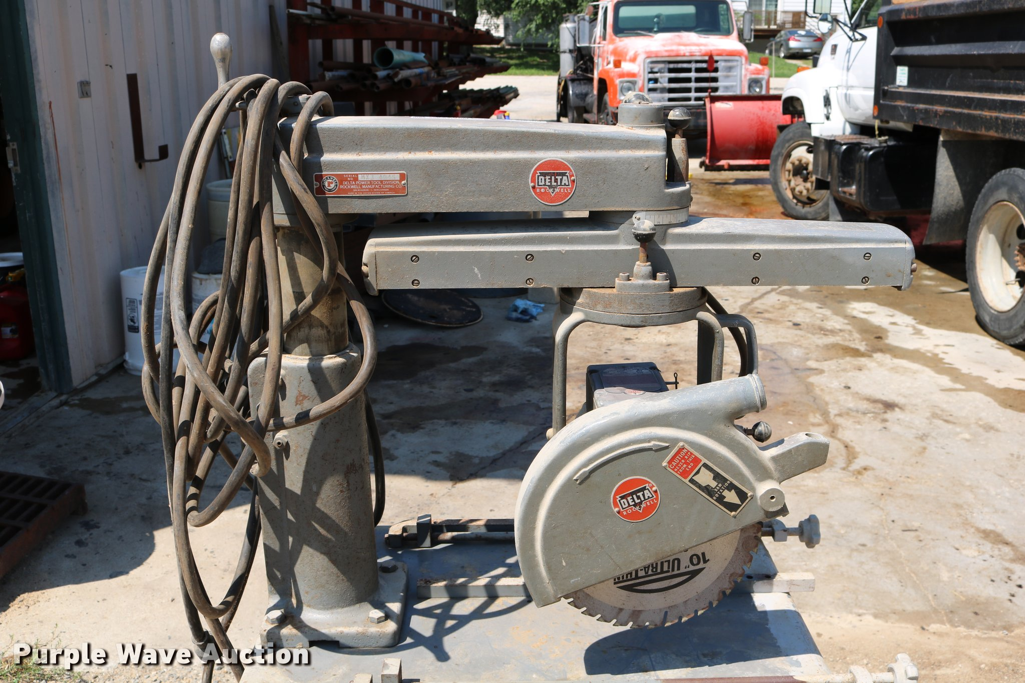 Delta Rockwell radial arm saw | Item DM9279 | SOLD! October