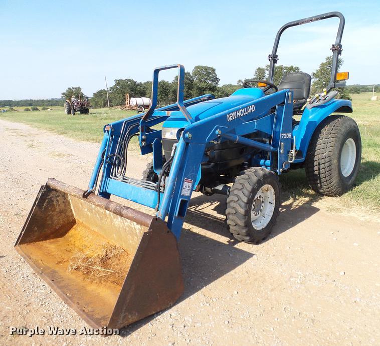 2000 New Holland TC29D MFWD tractor | Item DA6873 | SOLD! Oc