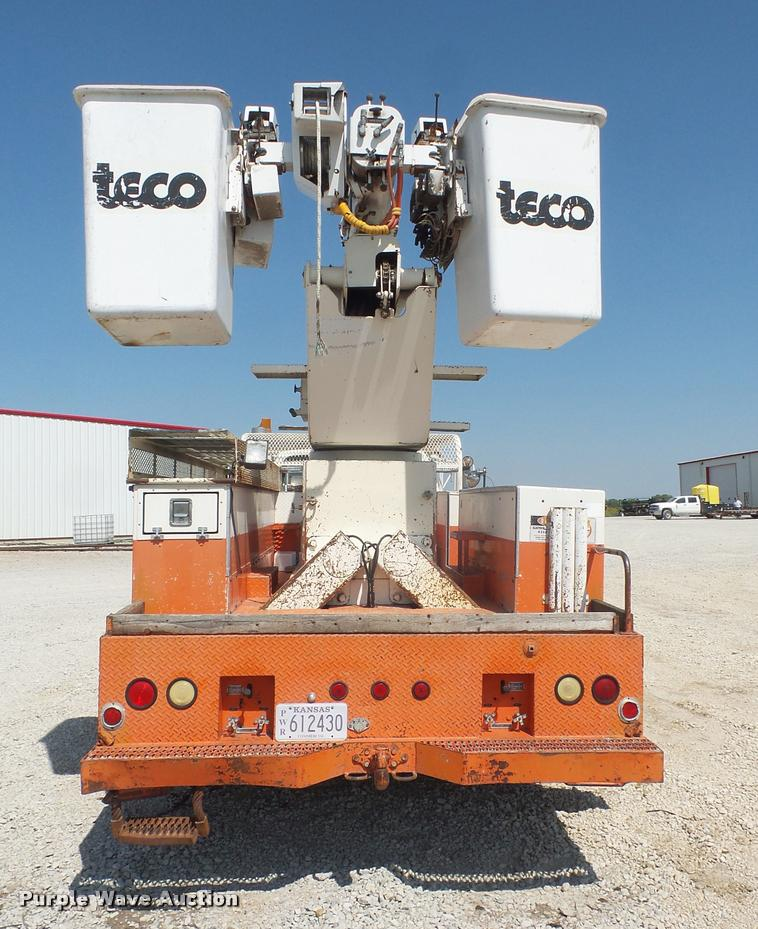1985 Ford F800 bucket truck | Item DC5356 | SOLD! October 12