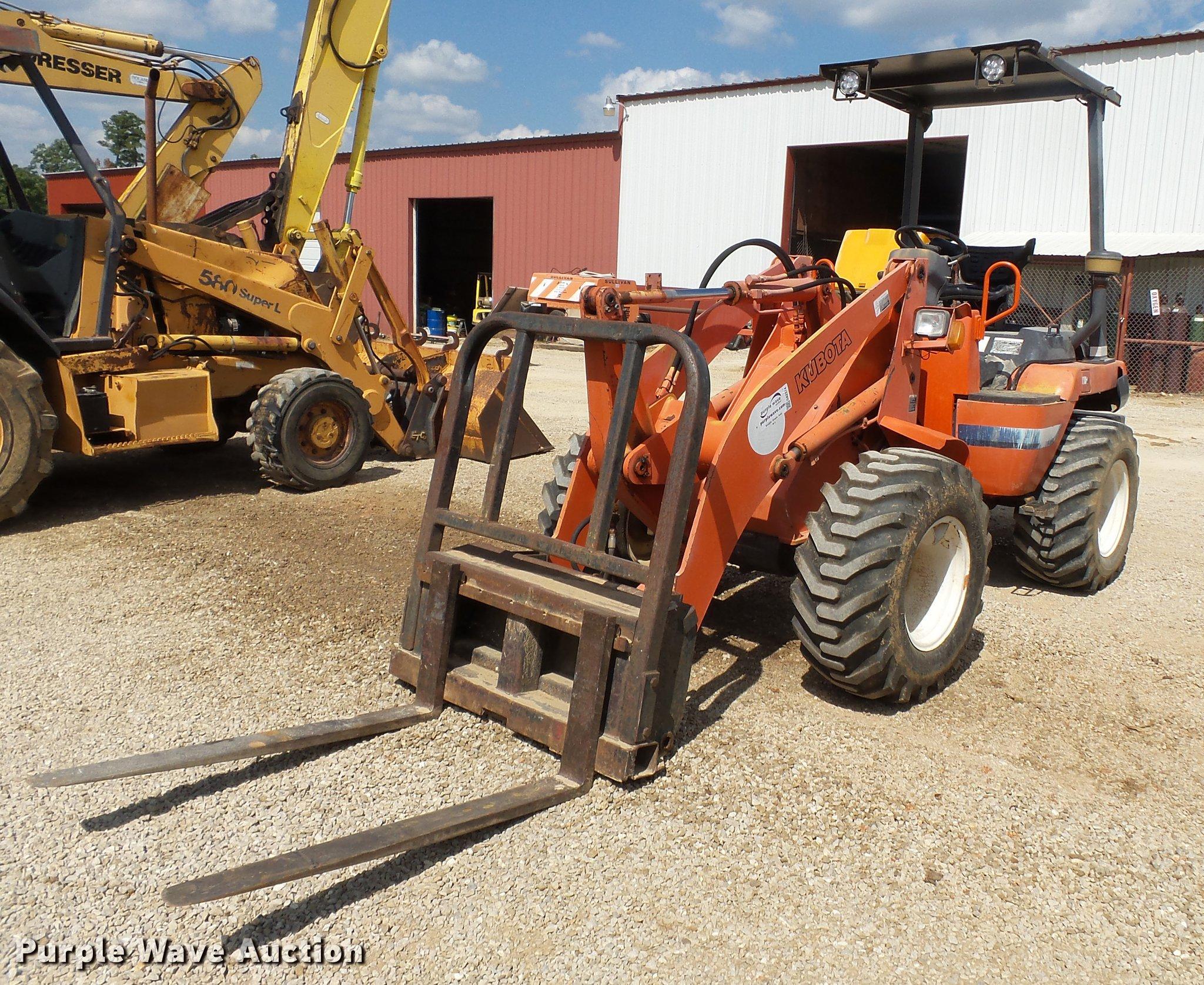 Kubota R520 wheel loader | Item DA2374 | SOLD! October 12 Co