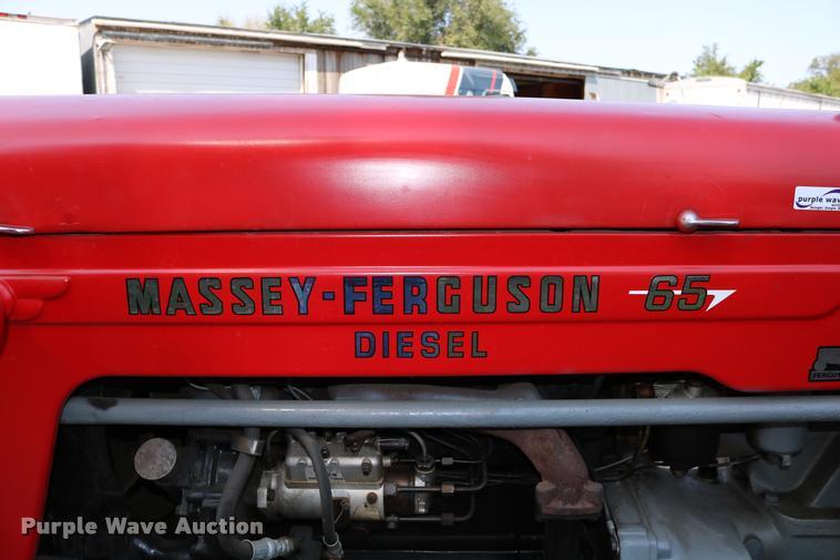 1965 Massey Fergusen MF-65 tractor | Item DW9772 | SOLD! Oct