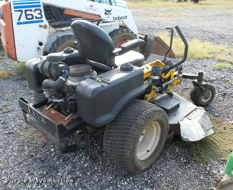 Cub Cadet Tank M60 ZTR lawn mower | Item DD2112 | SOLD! Octo