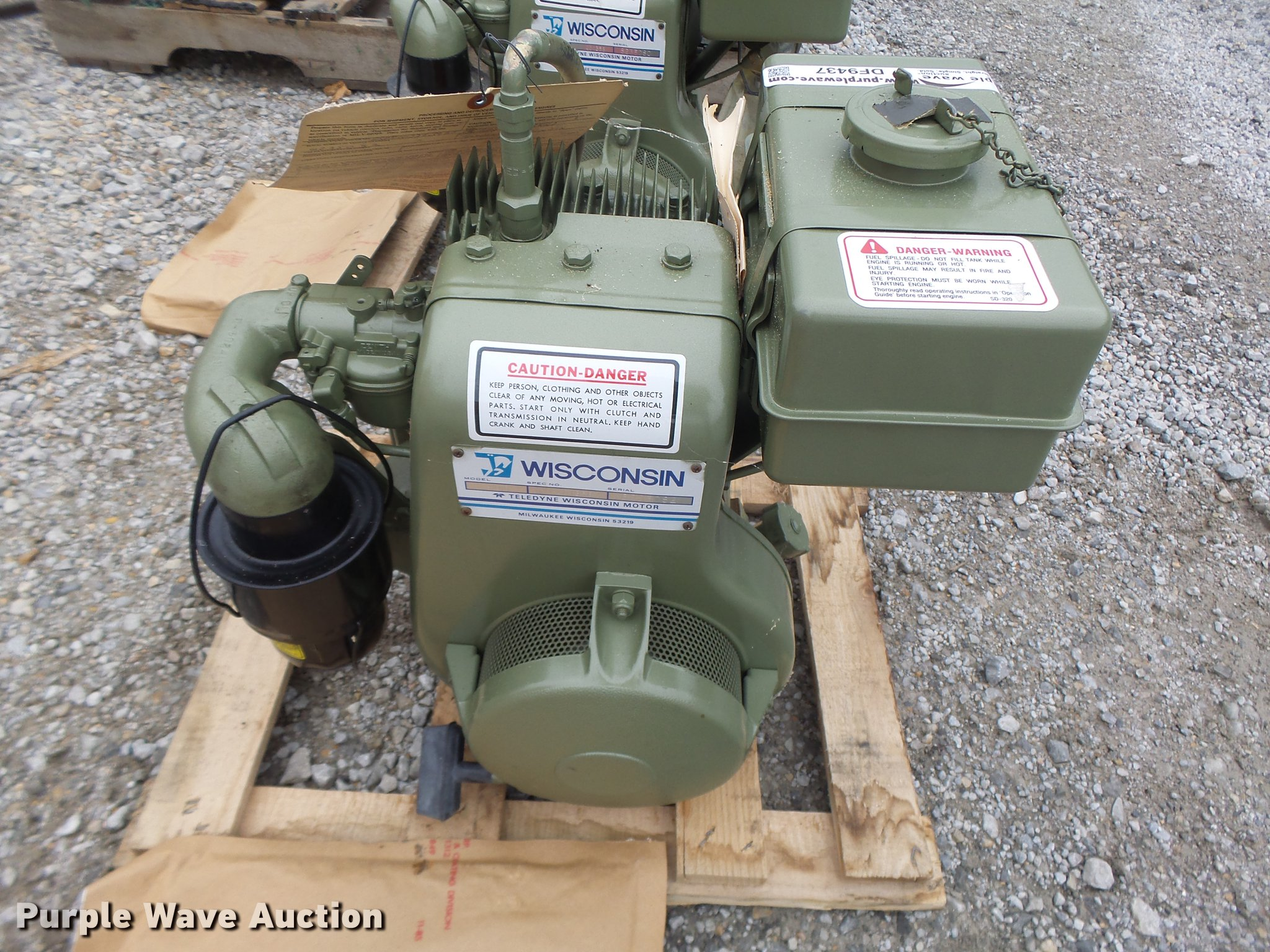 5) Wisconsin BKND gas engines | Item DF9437 | SOLD! October