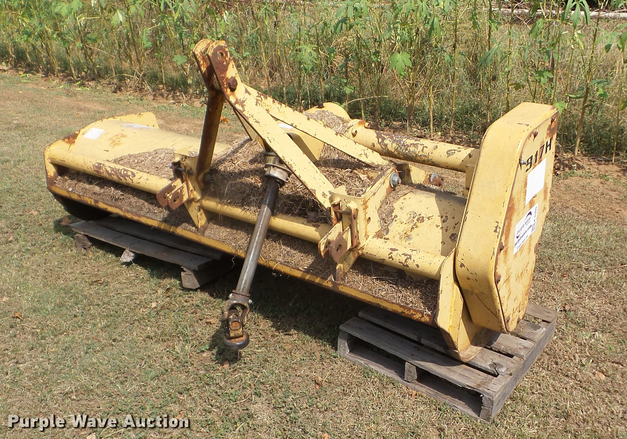 Ford 917H flail mower | Item K6395 | SOLD! October 25 Vehicl