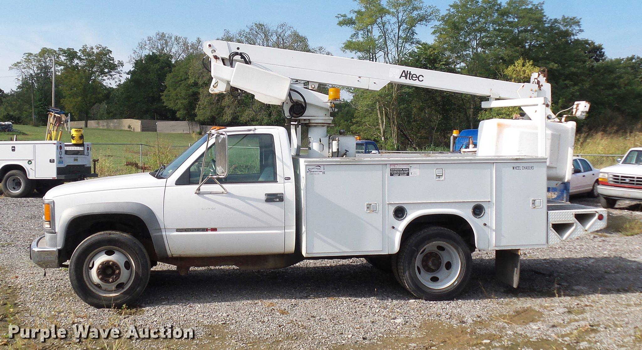 altec bucket trucks wiring diagrams 1999 gmc sierra 3500 bucket truck item dd2117 10 26 2017  1999 gmc sierra 3500 bucket truck