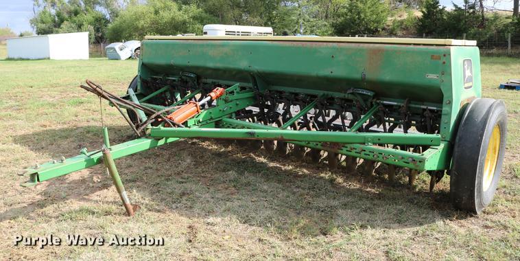 John Deere 8350 Grain Drill Item DW9947 SOLD November 1