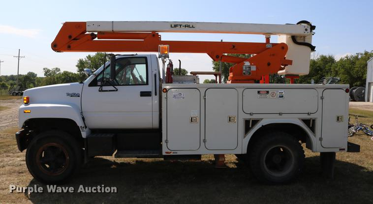 1992 GMC TopKick bucket truck | Item DD0127 | SOLD! November