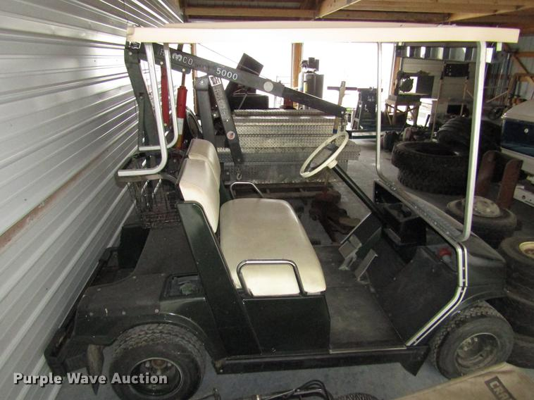 Yamaha Club Car Golf Cart Item Do9095 Sold November 8 V