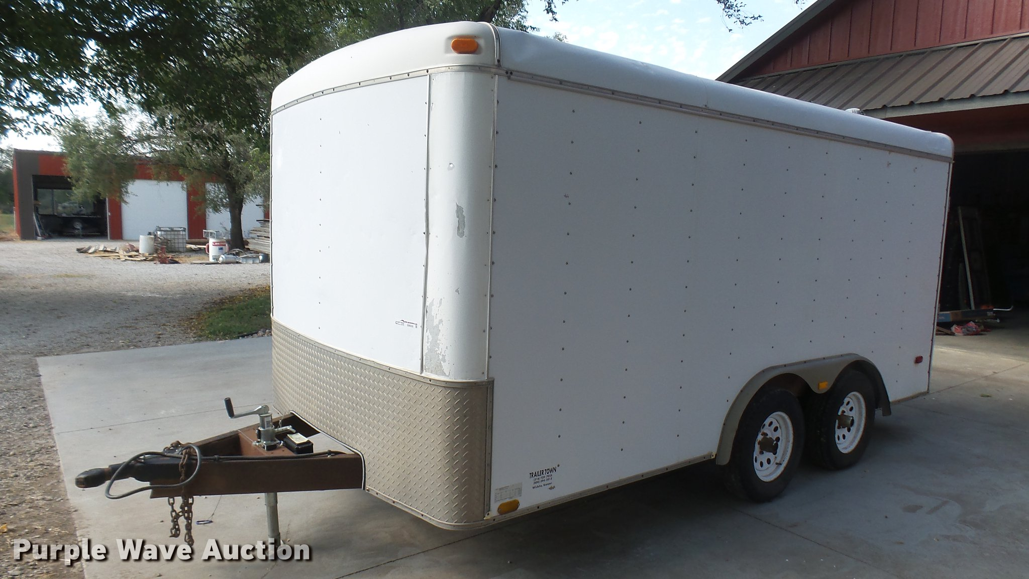 EB9335 Image For Item 1999 Stout Enclosed Cargo Trailer