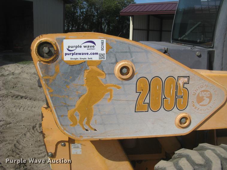 Mustang 2095 skid steer | Item DC2463 | SOLD! November 9 Con
