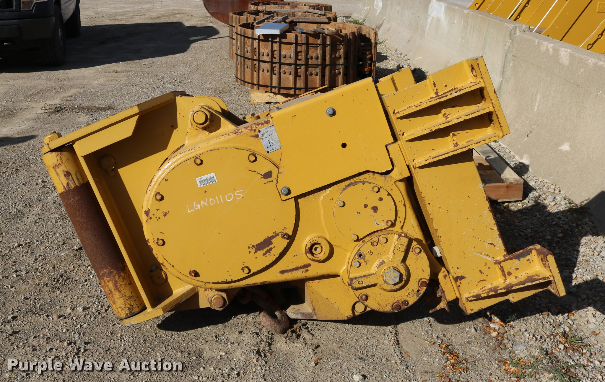 Paccar PA56-E00100E dozer winch | Item DW9989 | SOLD! Novemb