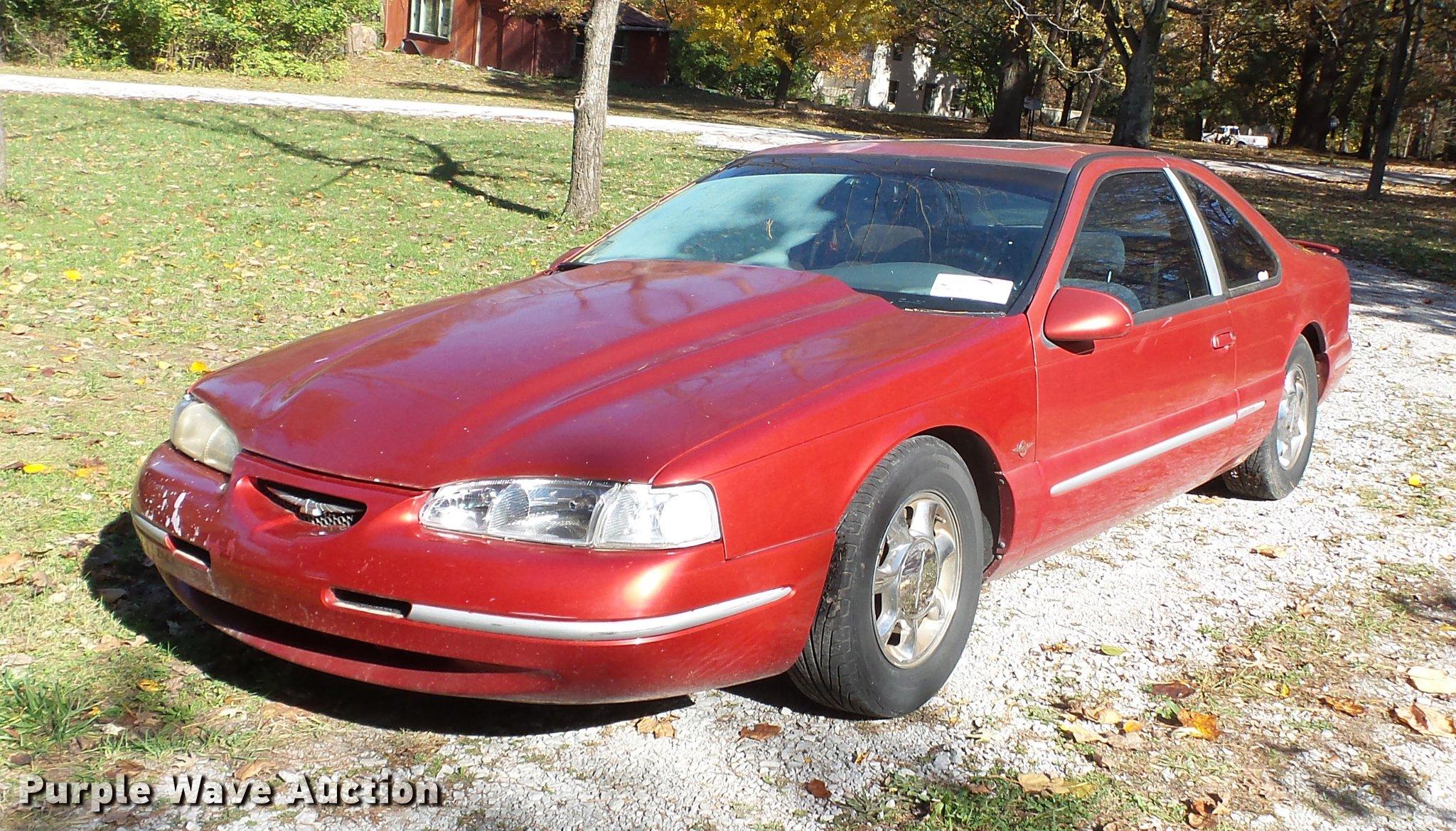 1997 Ford Thunderbird Item DA2428