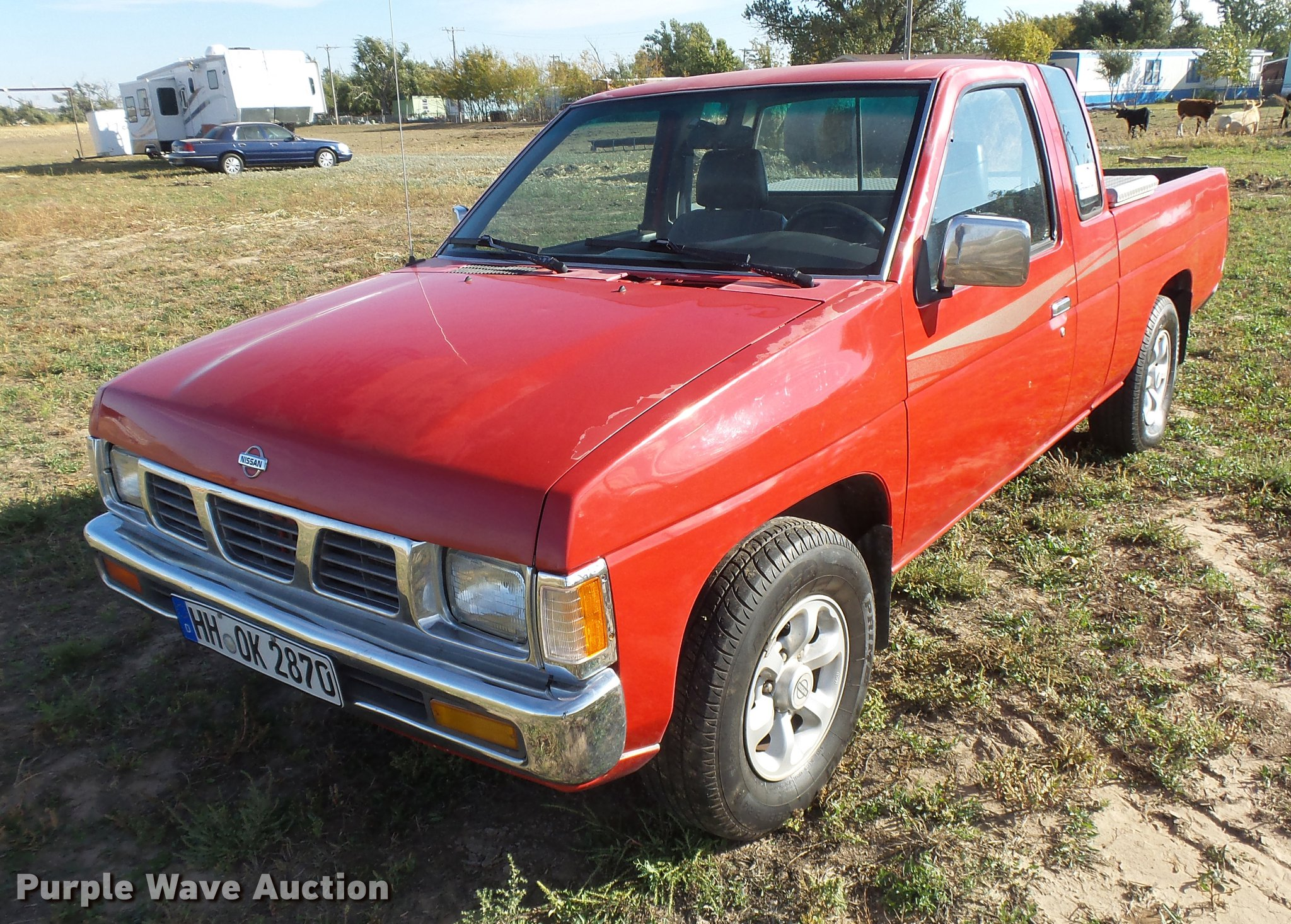 nissan pickup living urgent jpg sale for img title qatar commercial vehicles vehicle