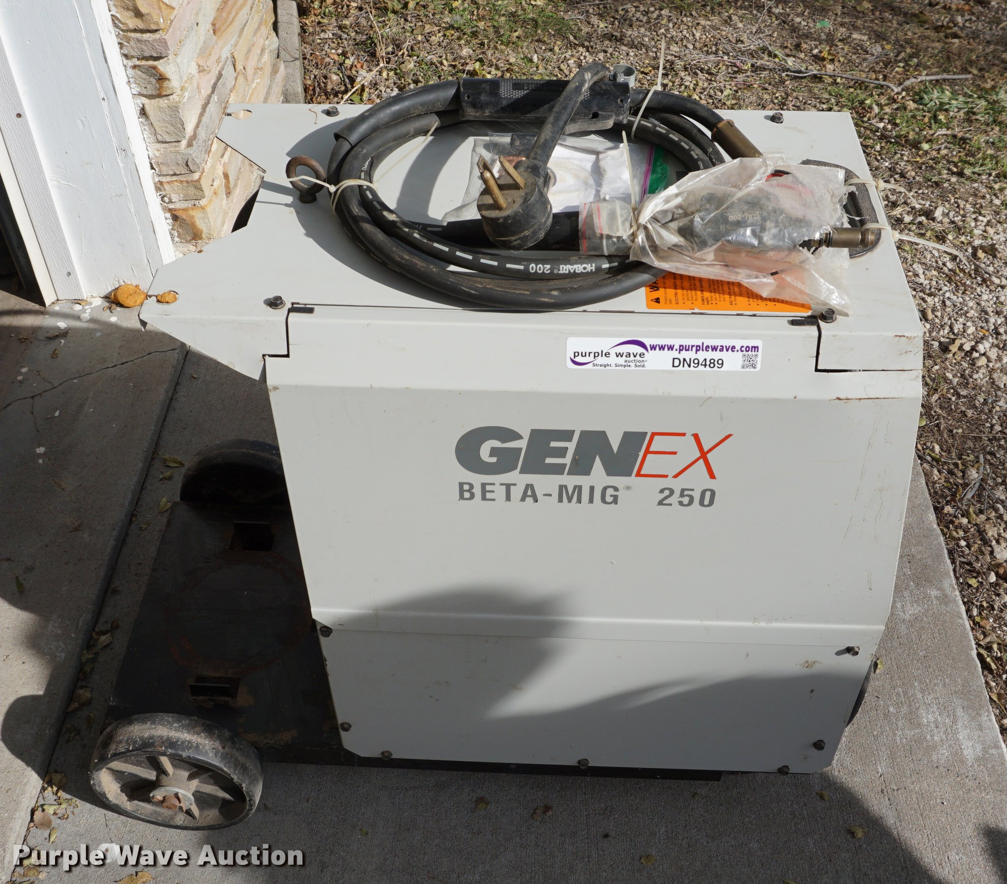 Hobart Genex Beta-Mig 250 wire welder | Item DN9489 | SOLD! ...