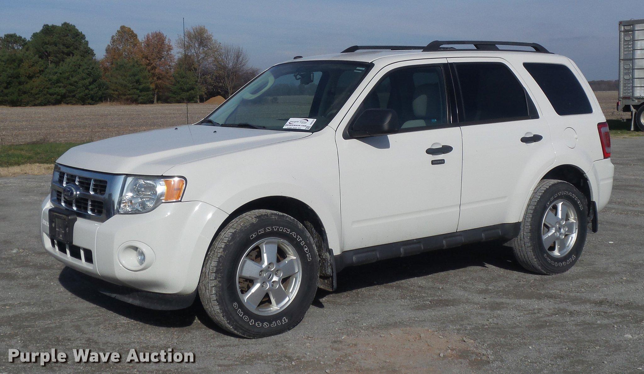 2010 Ford Escape Xlt Suv Item Db6328 Sold December 13 V