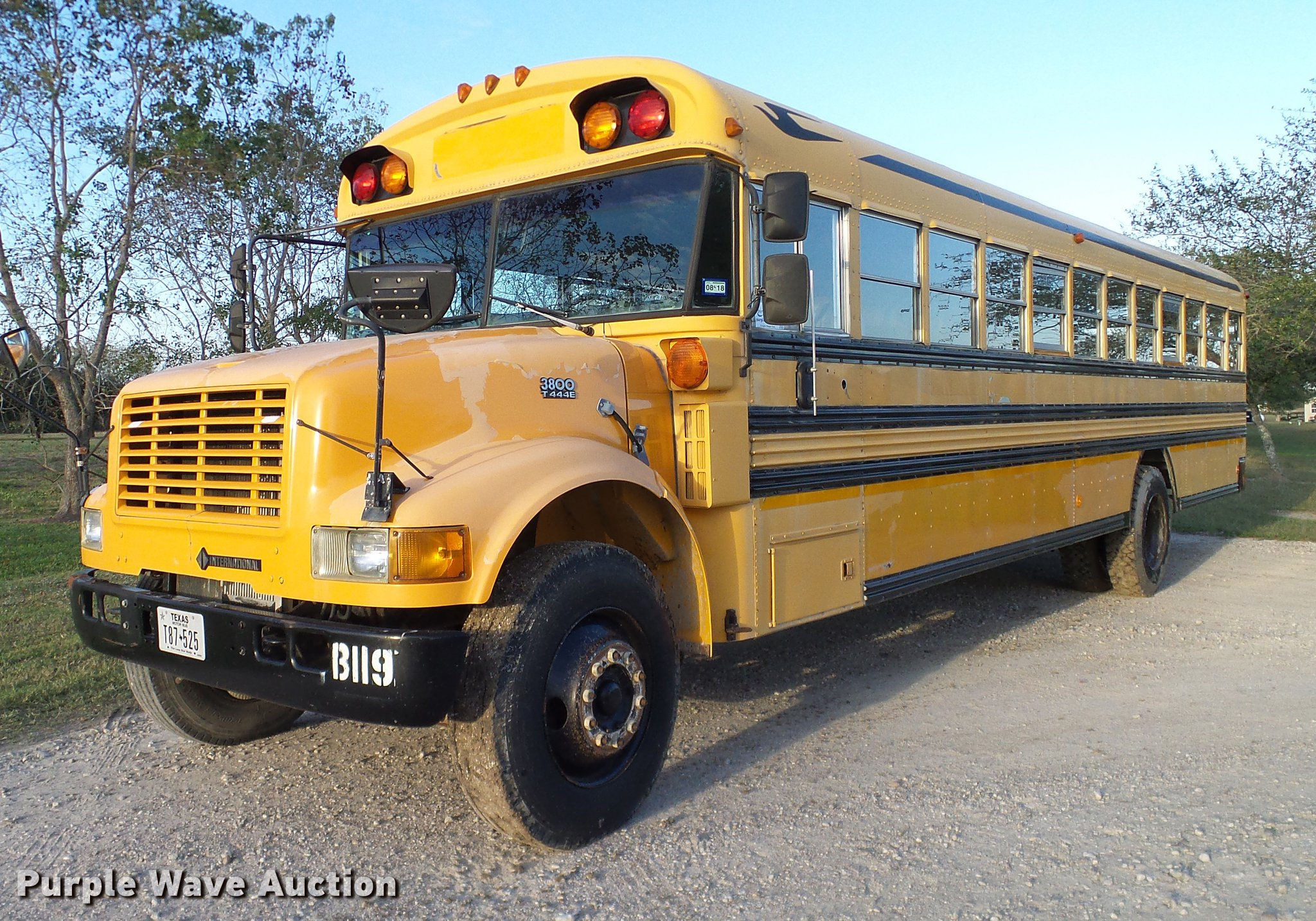 1997 International 3800 Blue Bird School Bus Item Dc7963
