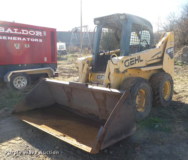 DS9647 2005 gehl 5640 skid steer item ds9647 sold! december 27