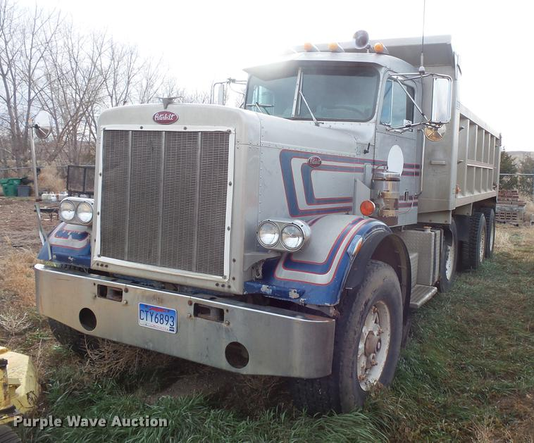1980 Peterbilt 359 S19 dump truck | Item DB8035 | SOLD! Dece