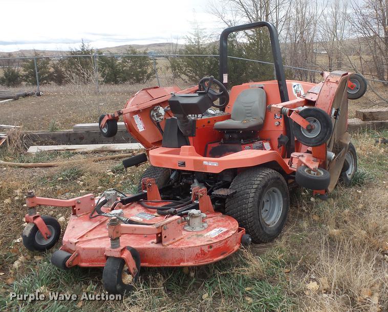 Array - jacobsen hr 5111 ztr lawn mower   item de9451   sold  decemb     rh   purplewave com