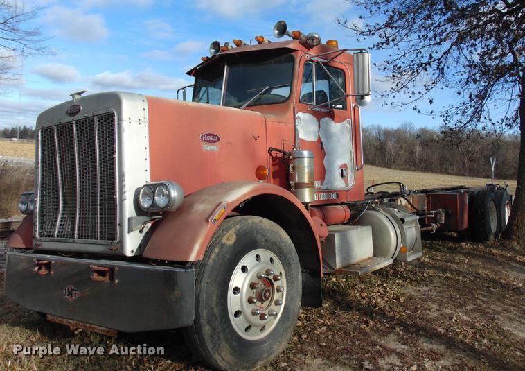 1980 Peterbilt 359 Truck Chassis Item EE9356 SOLD Decem