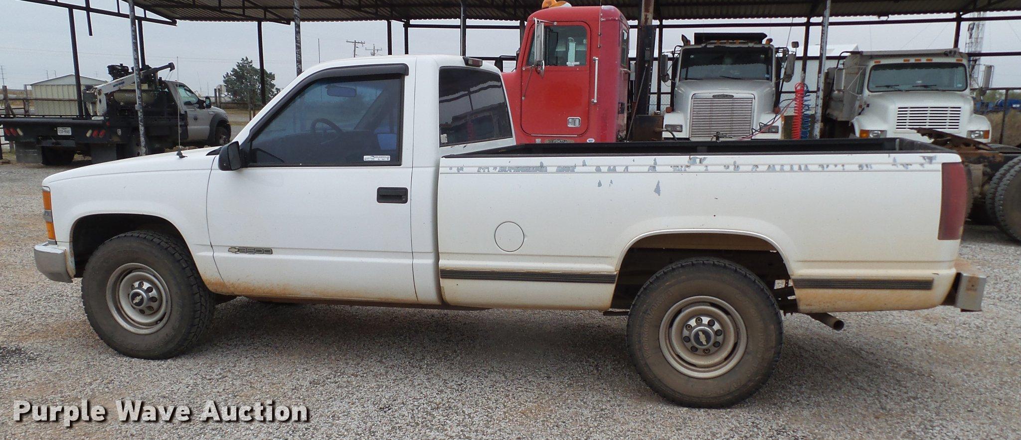 All Chevy 99 chevy 3500 : 2000 Chevrolet 3500 pickup truck | Item BJ9921 | SOLD! Decem...