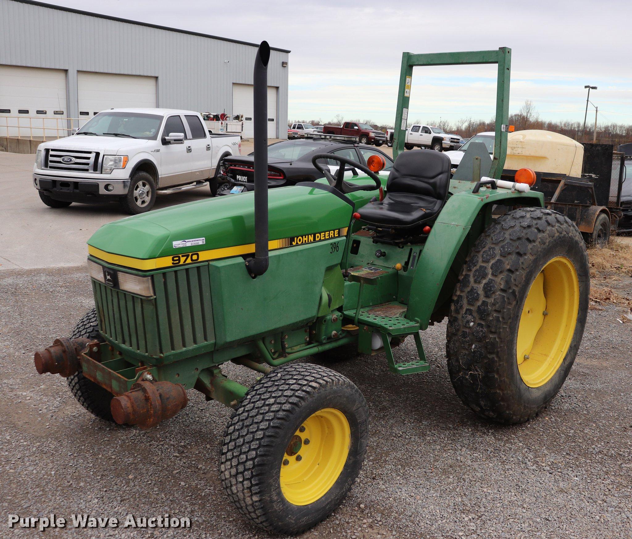 EC9285 image for item EC9285 John Deere 970 tractor