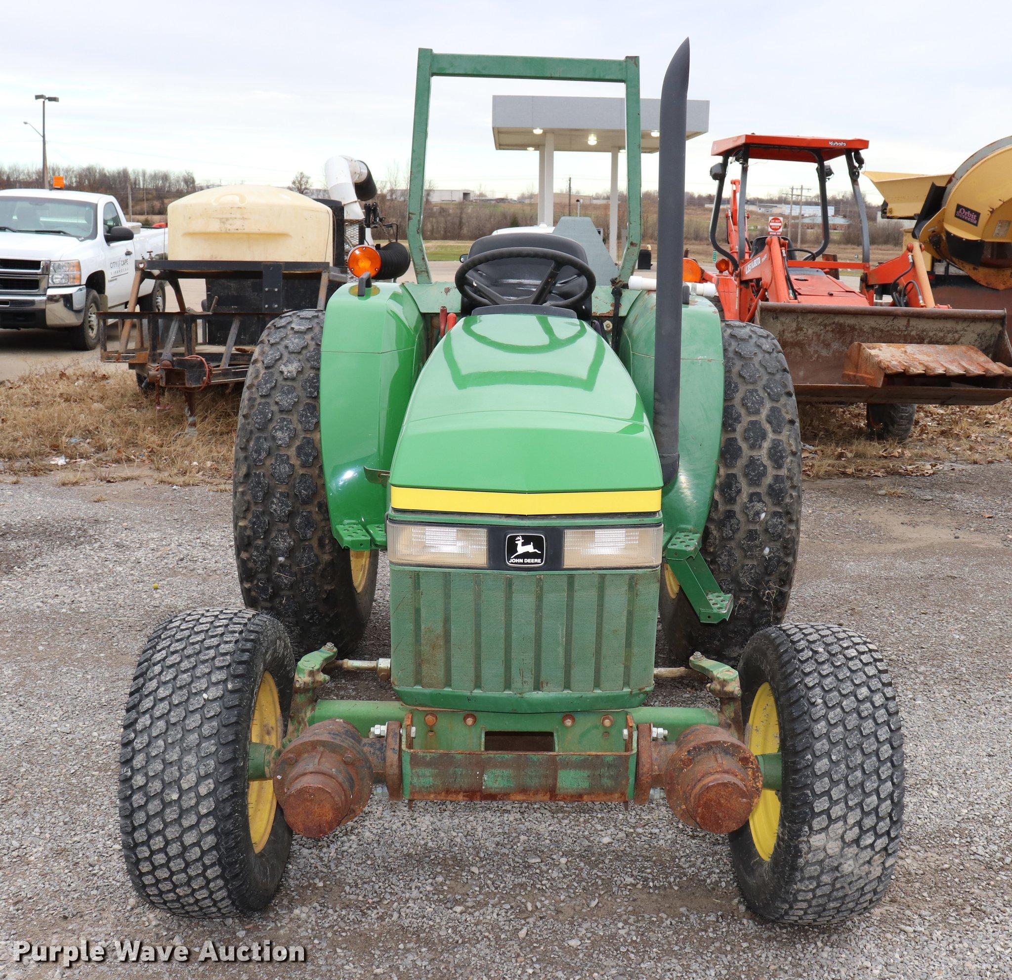 ... John Deere 970 tractor Full size in new window ...