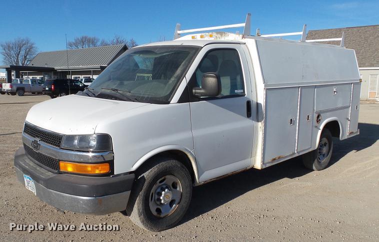 2004 Chevrolet Express 3500 Cargo Van Item Ap9522 Sold
