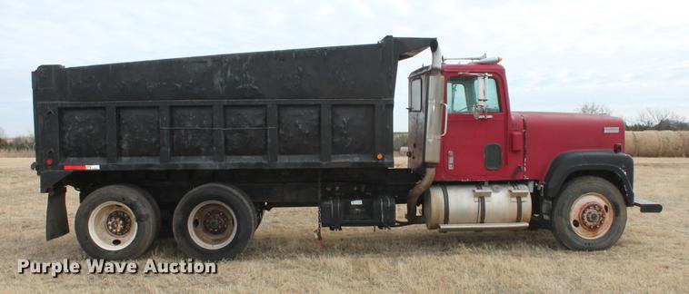 2017 International 4300 Dump Truck