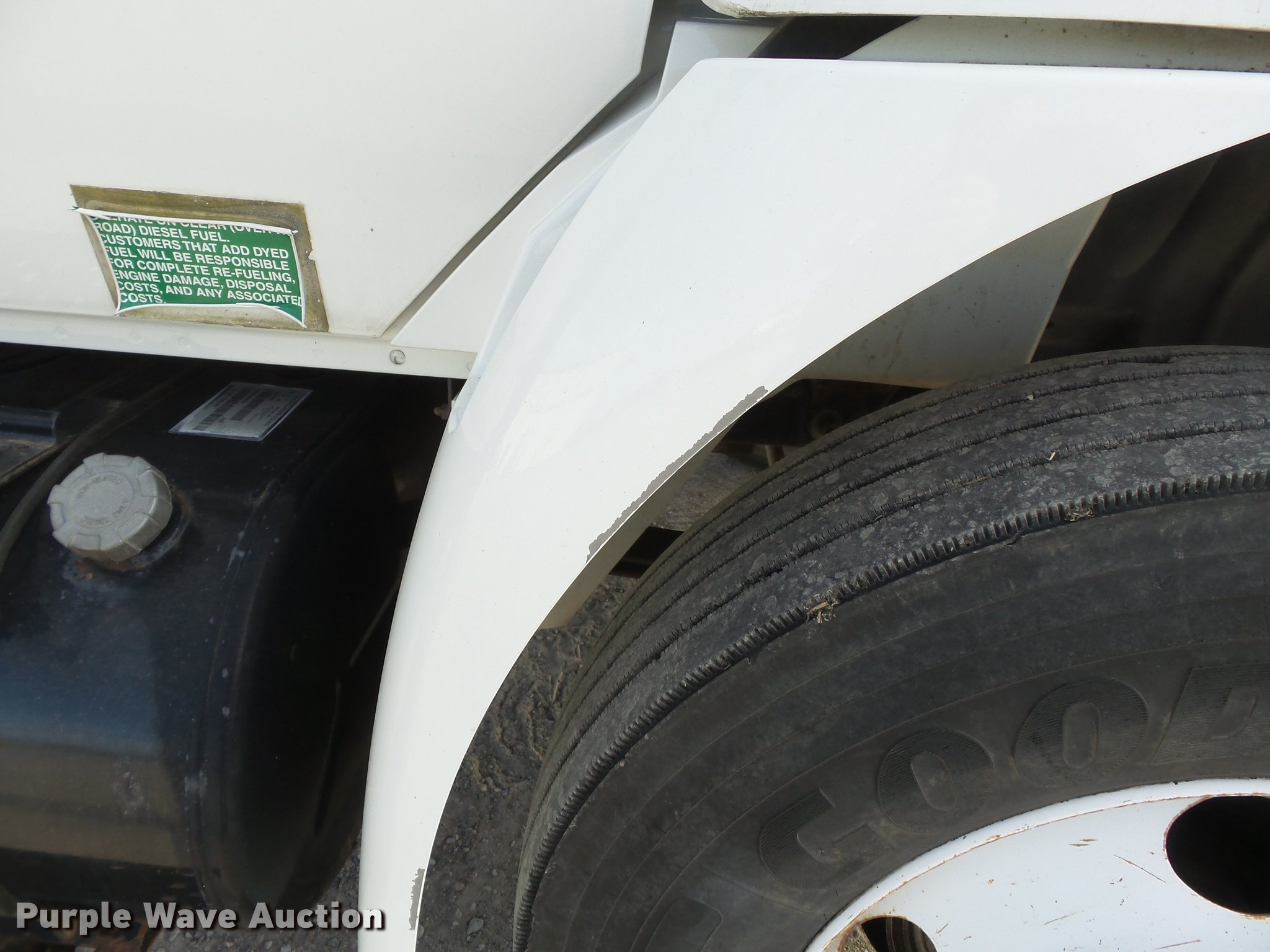 International 4200 Vt 365 Fuel Filter On 7 3 Powerstroke Fuel Filter