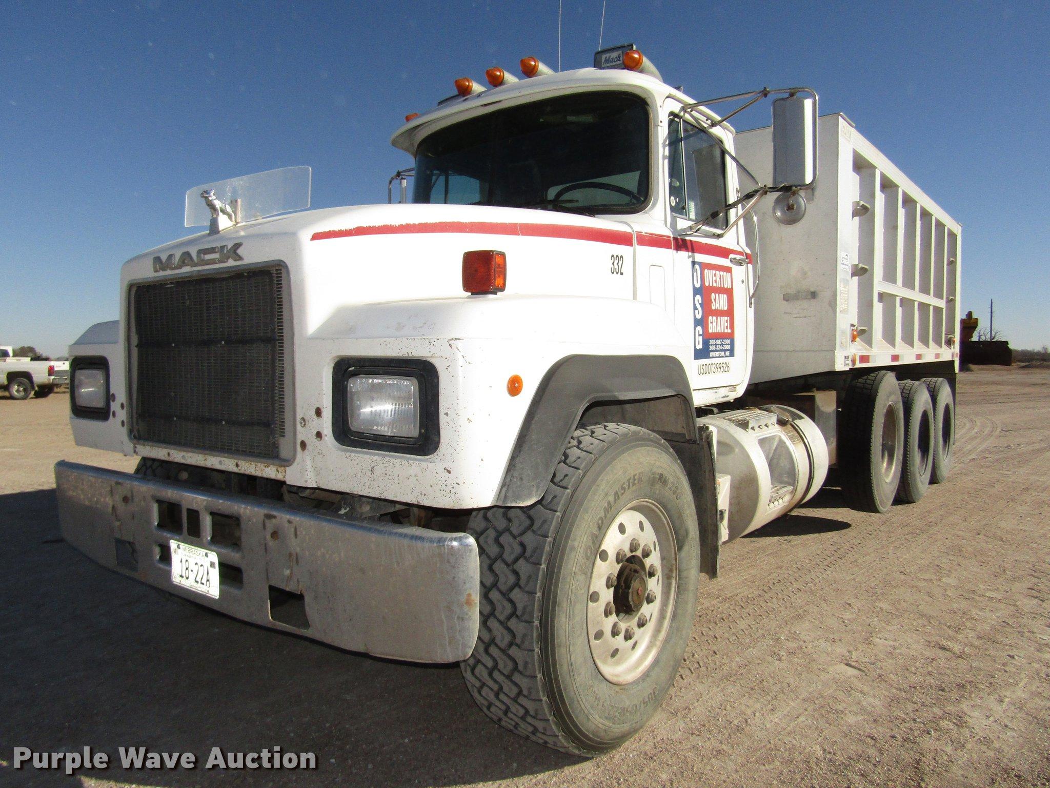 Mack Dump Truck Trailer Wiring Diagram 1995 Rd688s Item Dd2972 Sold December 2 Toy With