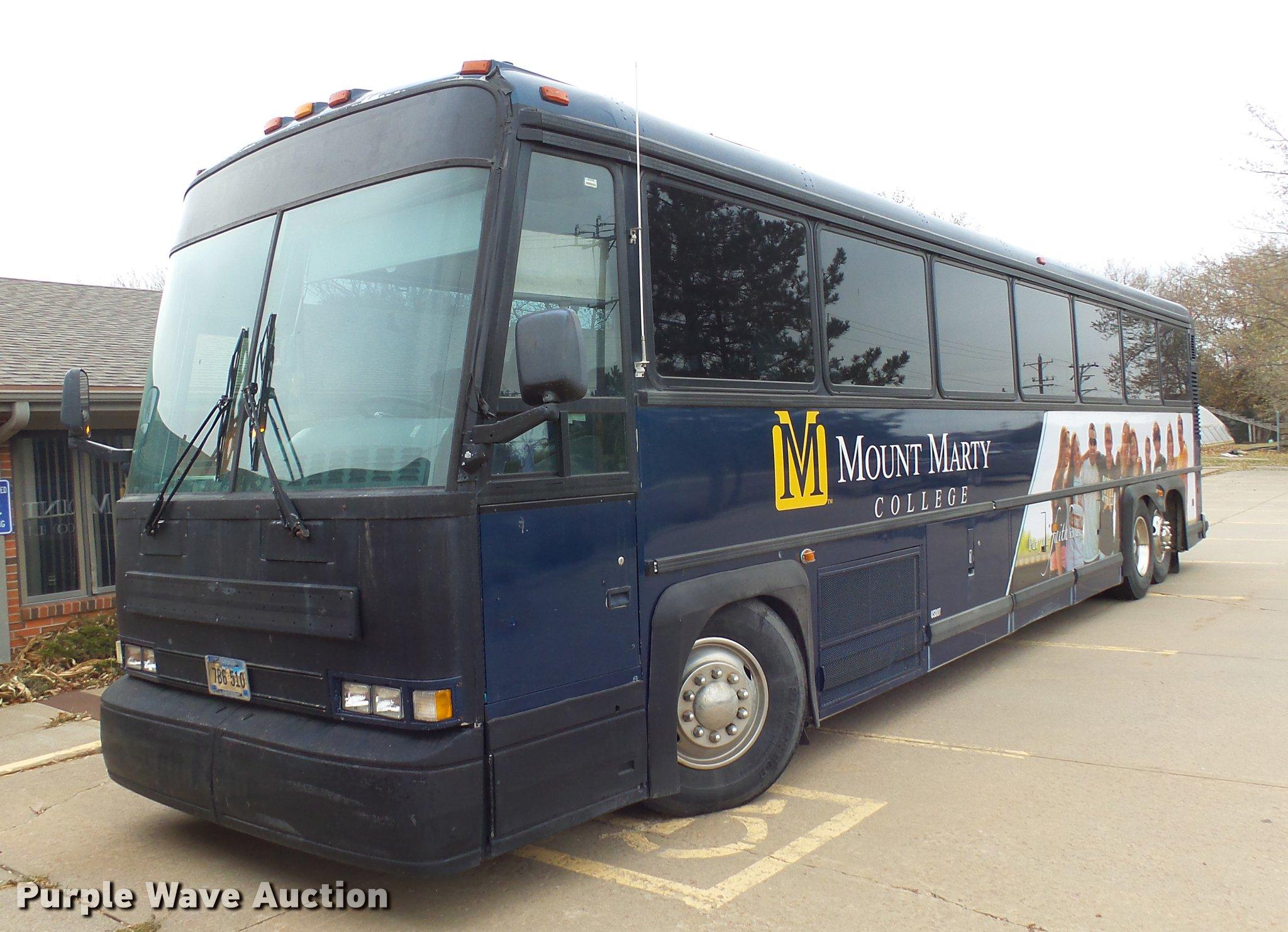 1992 MCI 102-C3 coach bus   Item DX9002   SOLD! January 9 Go