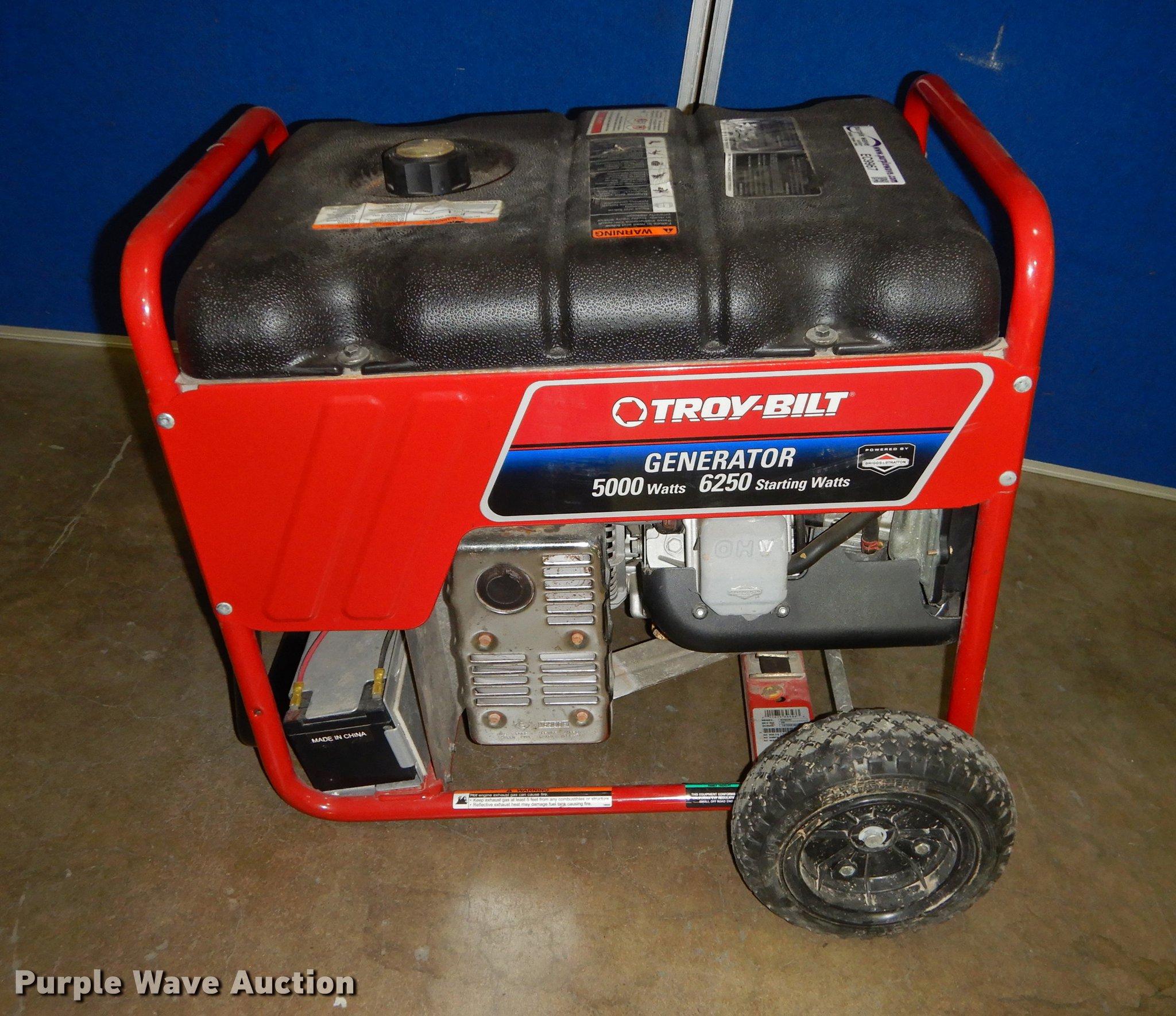 Troy bilt generator Item EC9967