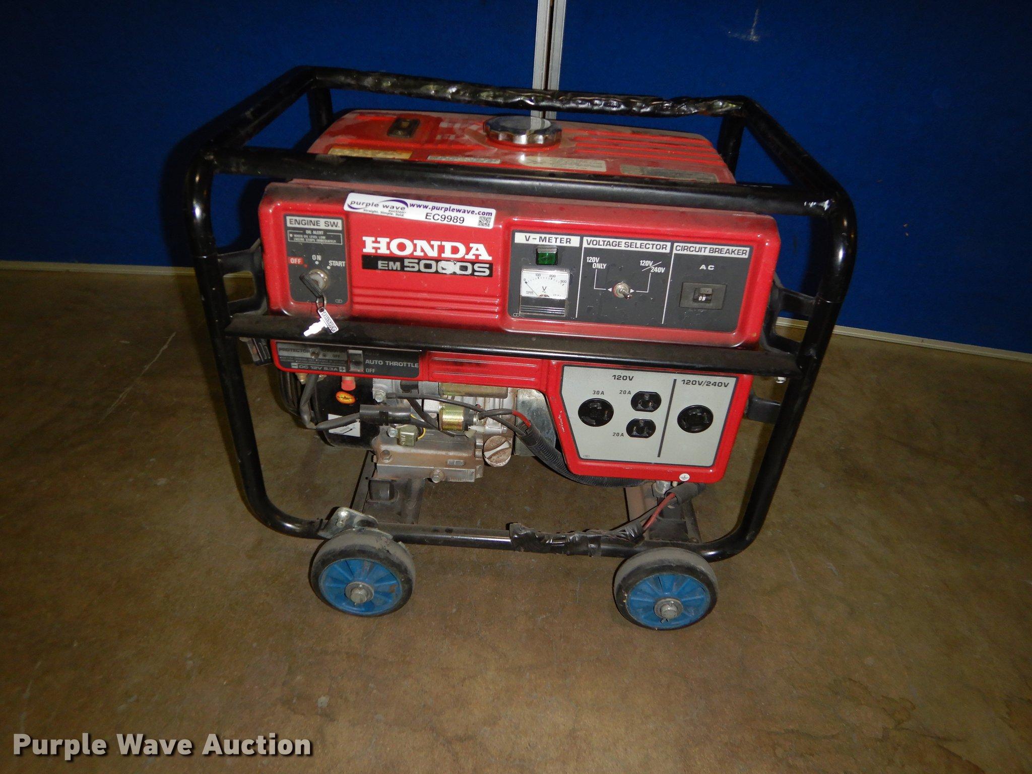 Honda EM5000S generator Item EC9989