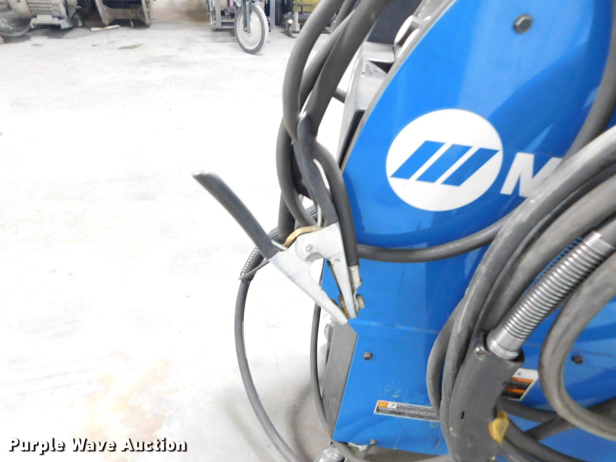 Miller Millermatic 350P wire feed welder | Item BU9558 | SOL...