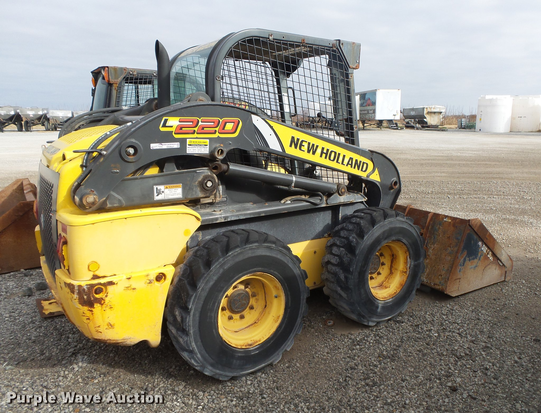 WRG-2562] New Holland L220 Skid Steer Operators Manual