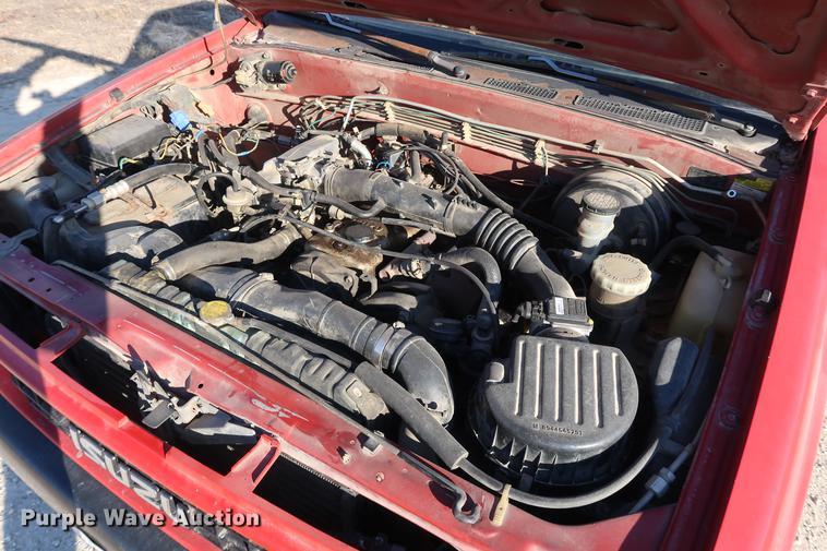 1991 Isuzu pickup truck | Item DD9561 | SOLD! February 7 Veh