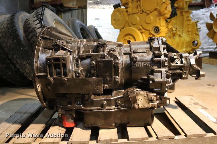 Allison 2000 Series automatic transmission   Item EH9614   S