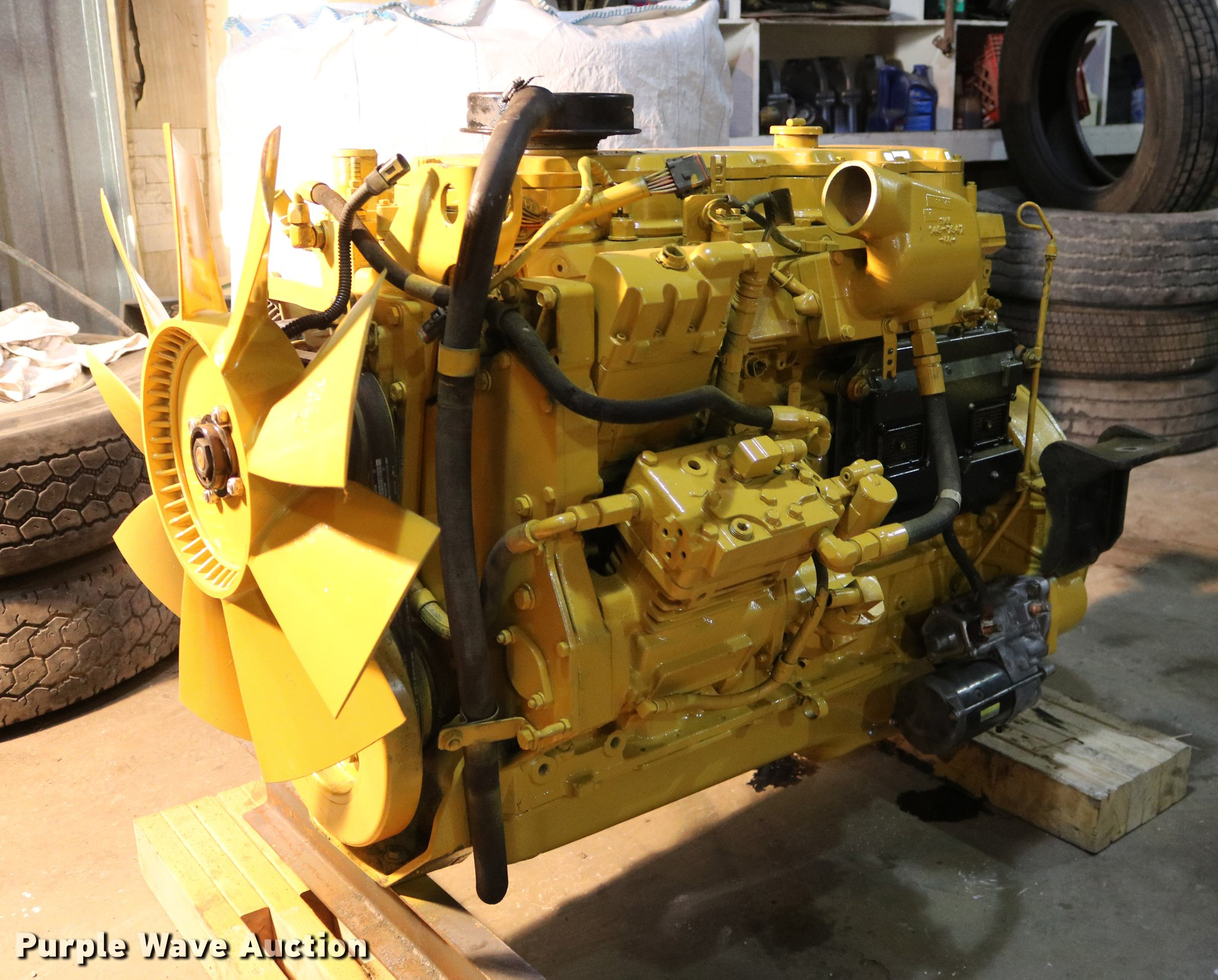 EH9616 image for item EH9616 Caterpillar 3126 7.2L turbo diesel engine