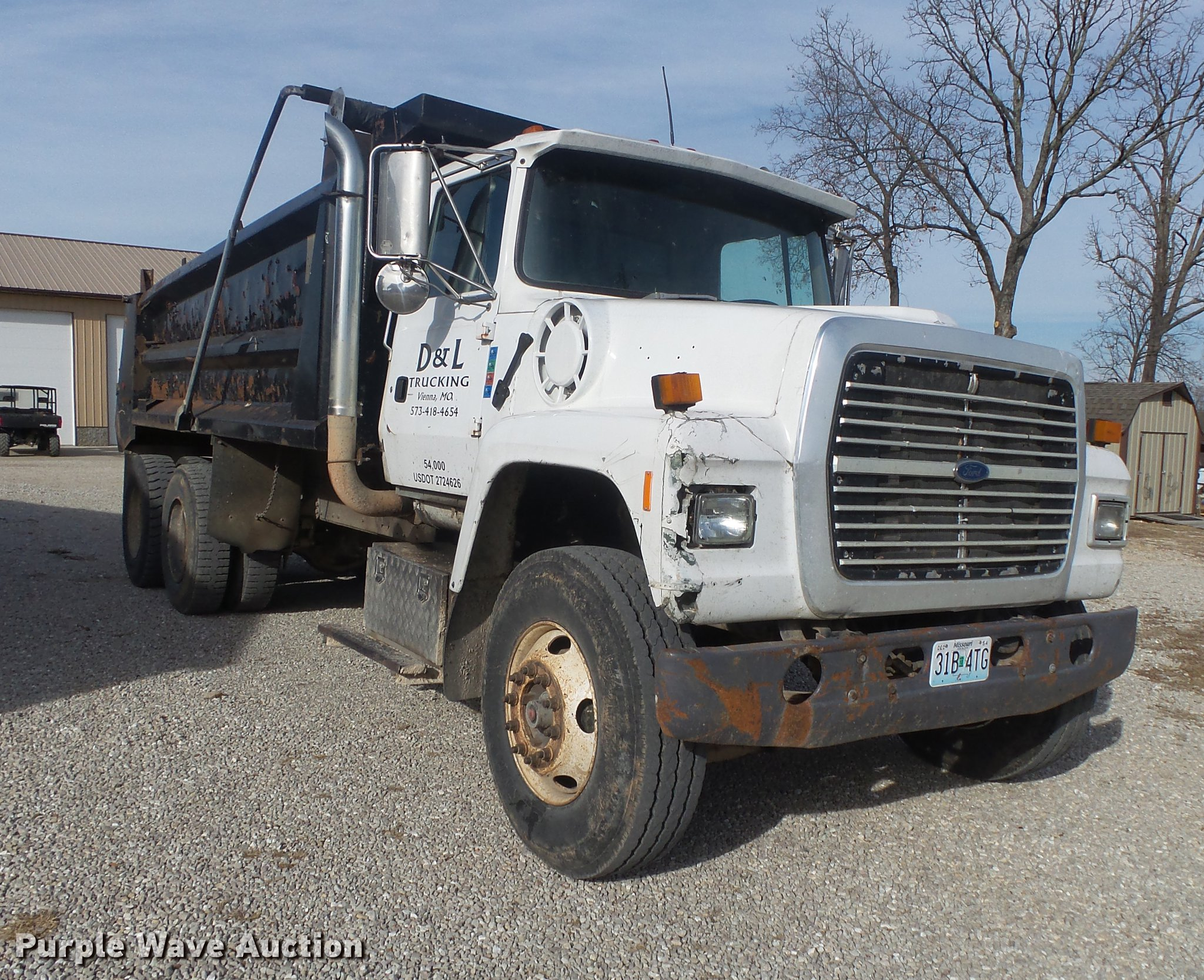 ... 1993 Ford L9000 dump truck Full size in new window ...