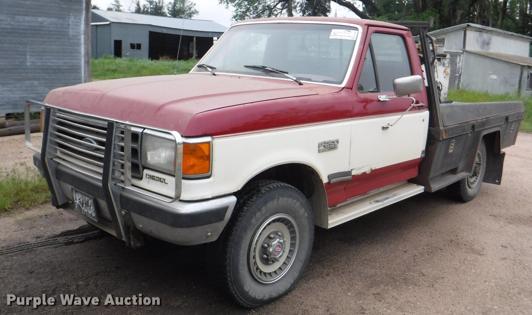 DB3941 image for item DB3941 1989 Ford F250 XLT Lariat ...