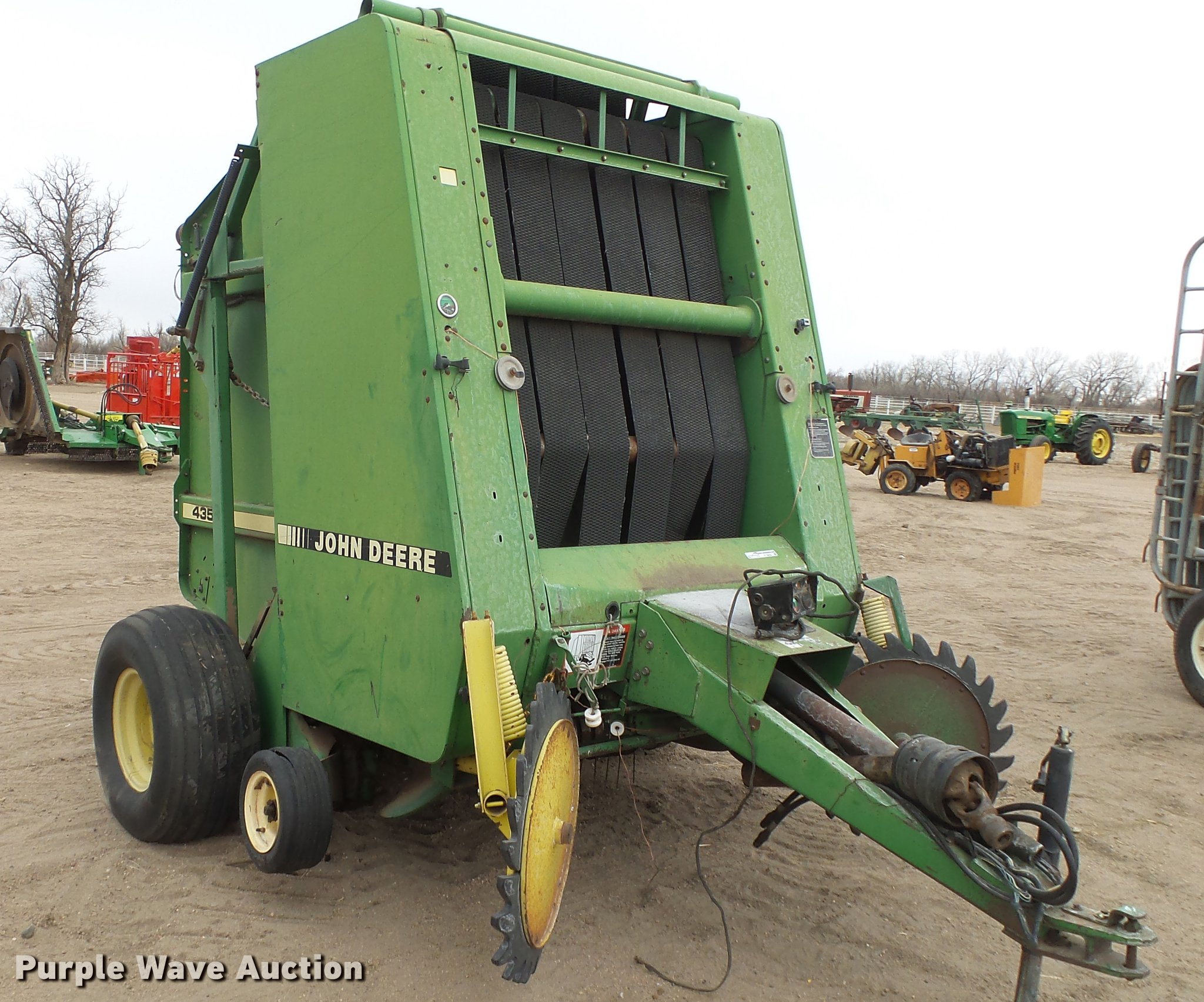 John Deere 435 round baler | Item EC9650 | SOLD! February 28