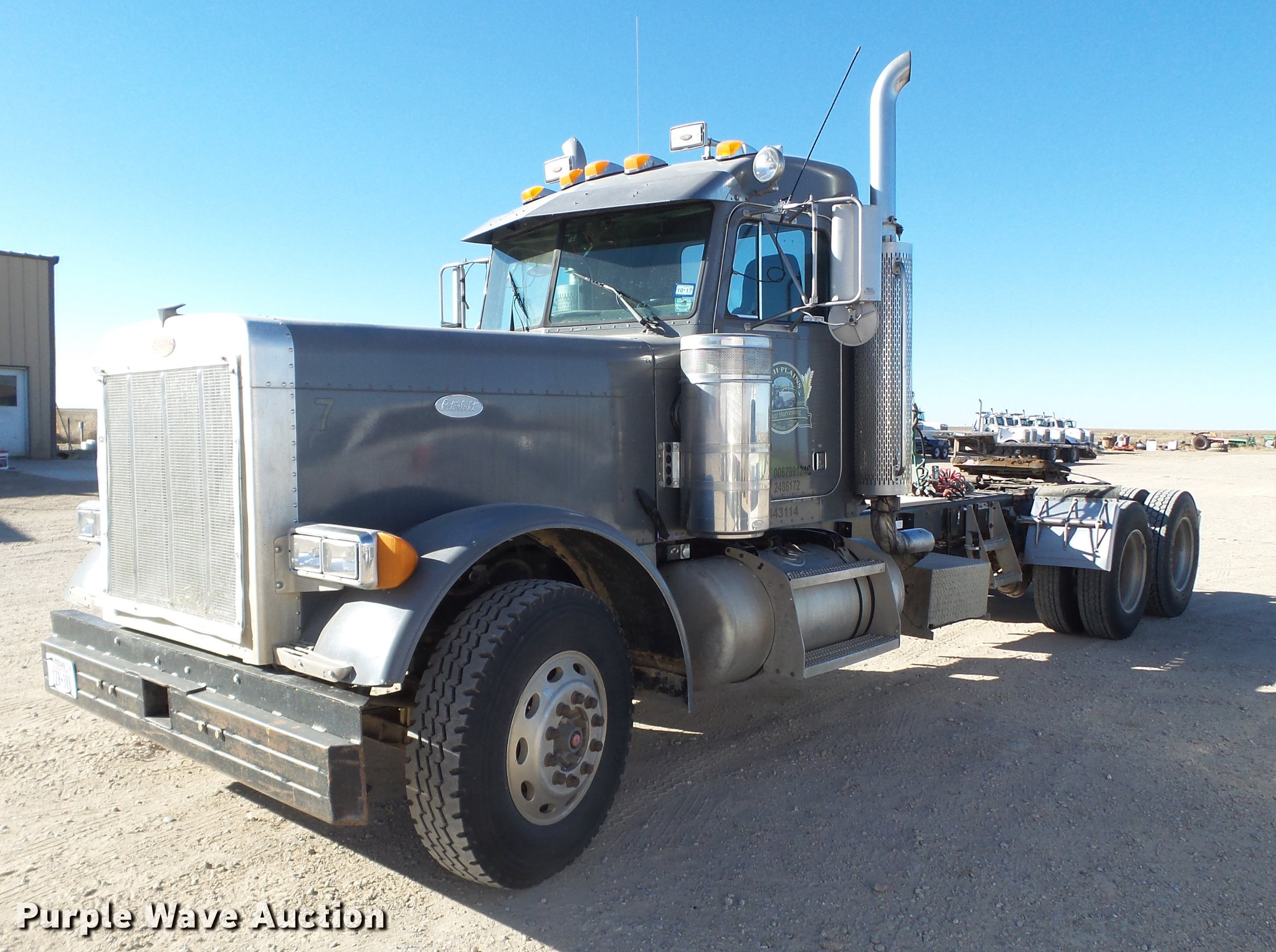 1997 Peterbilt 379 semi truck | Item BJ9820 | SOLD! February
