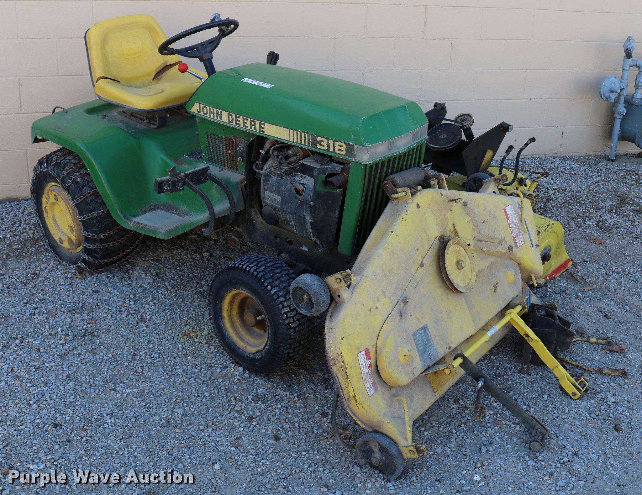 John Deere 318 lawn mower | Item EH9685 | SOLD! March 6 Gove