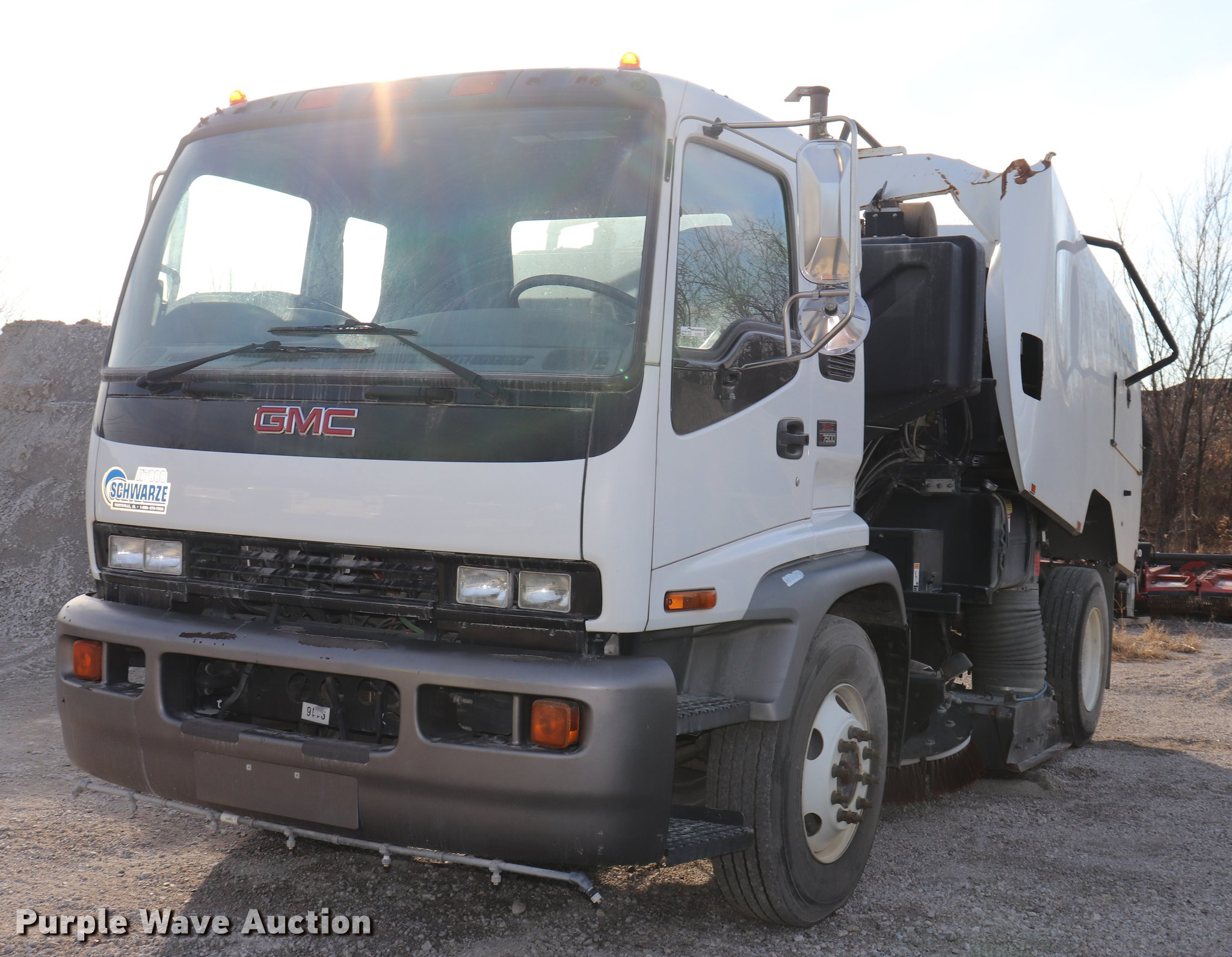 EC9339 image for item EC9339 2009 GMC T7500 street sweeper truck