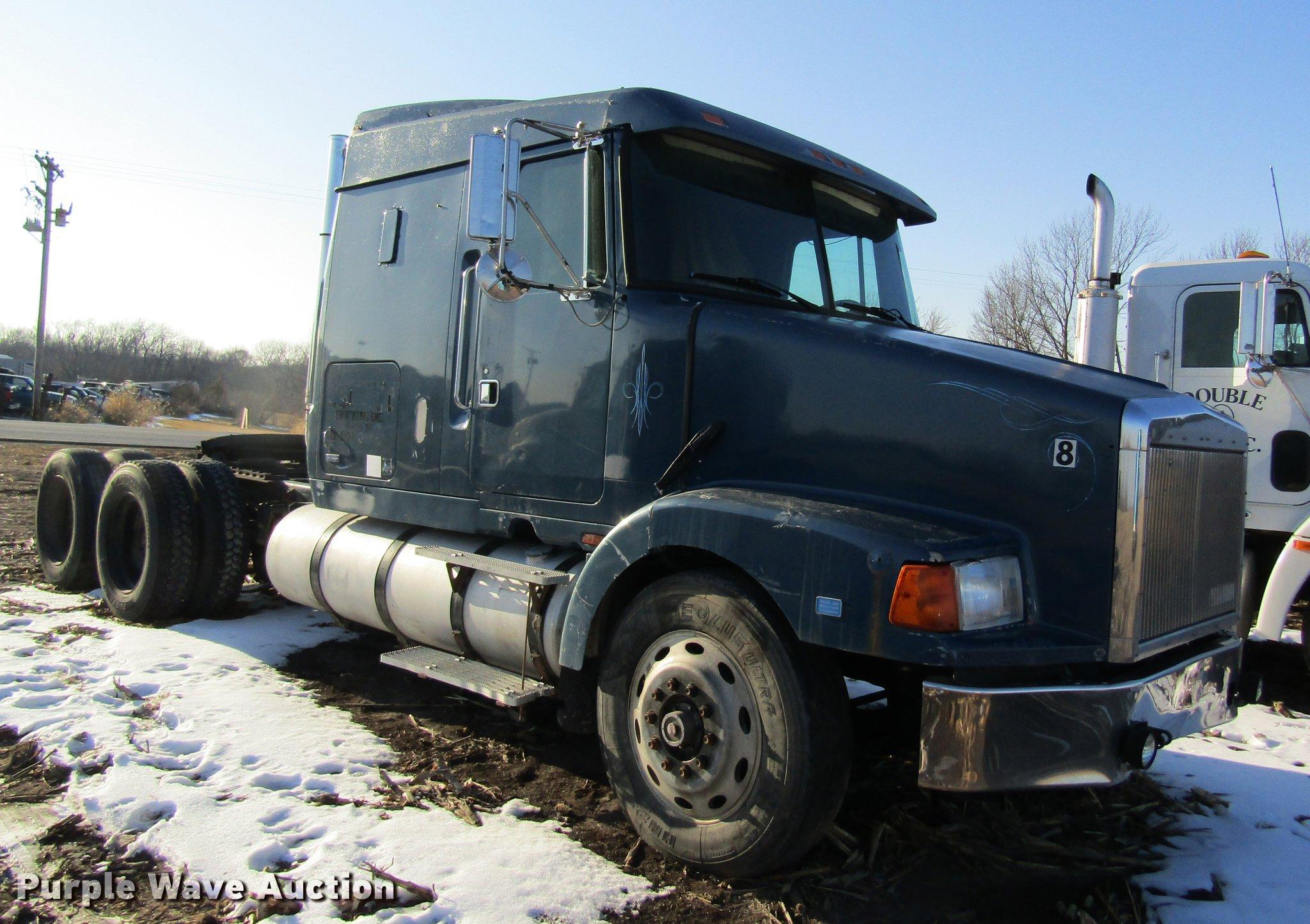 volvo semi for in used trucks tx sleeper sale truck