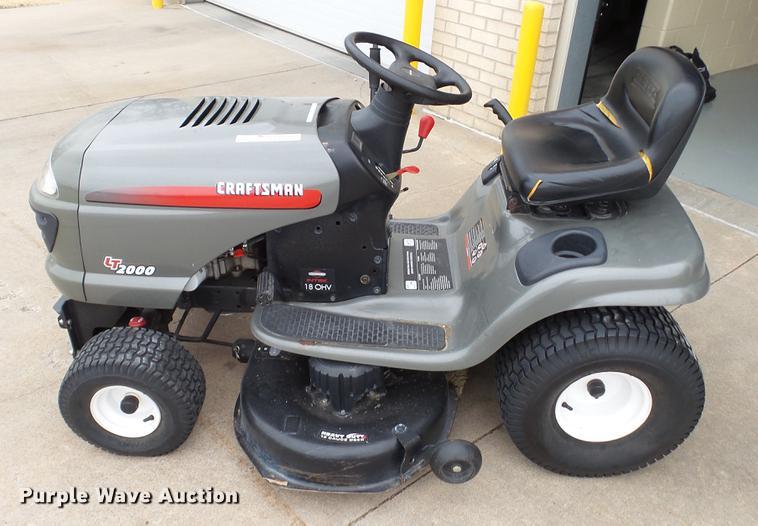 Craftsman LT2000 lawn mower | Item DT9503 | SOLD! March 20 G