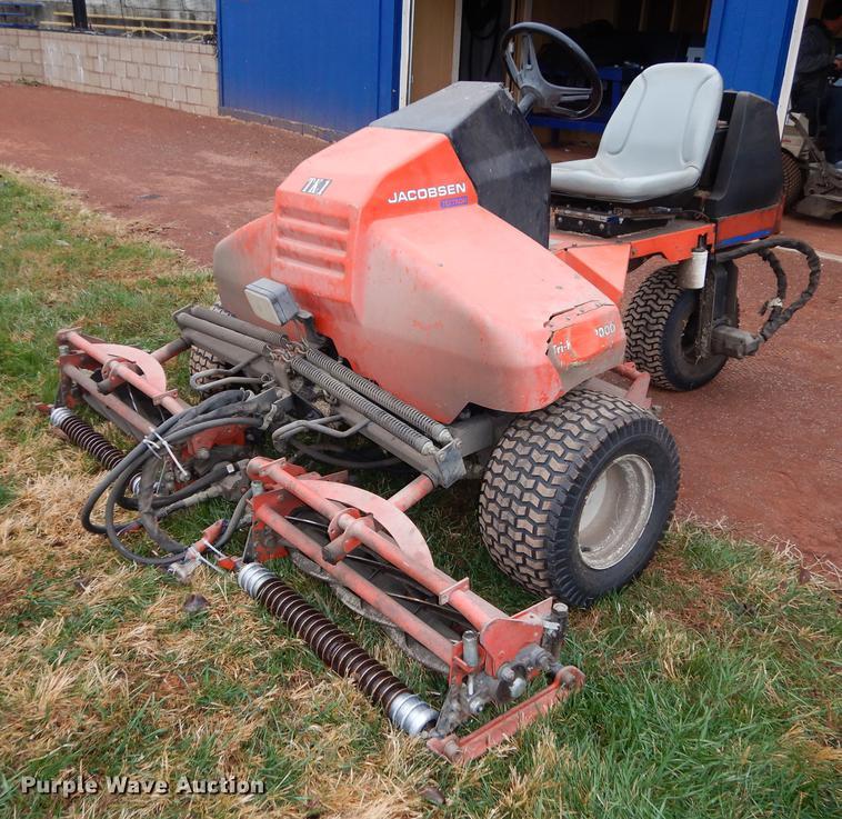 Jacobsen Tri King 1900D reel mower | Item EE9209 | SOLD! Mar... on