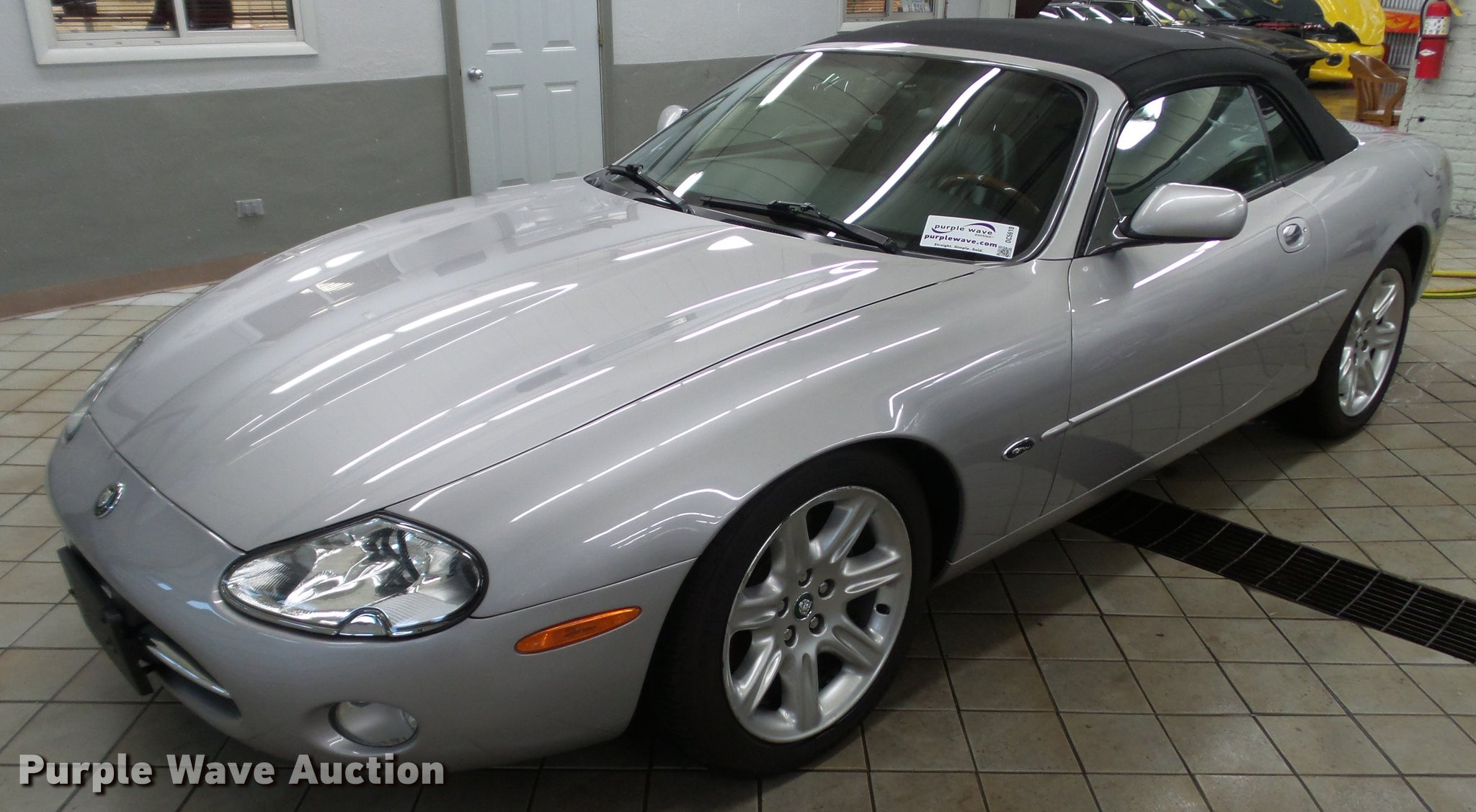 austin jkl htm jaguar powers convertible